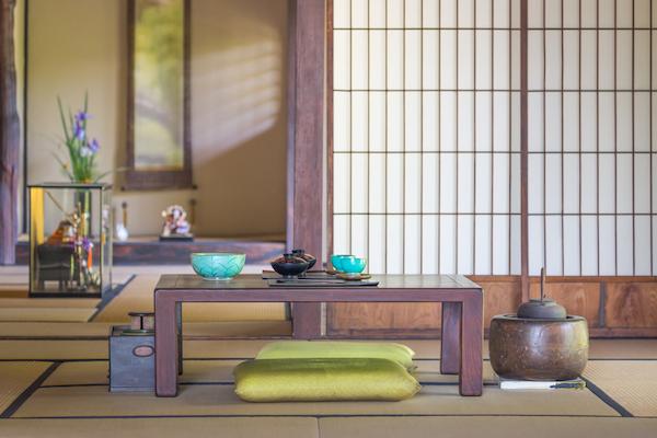 Ideas para un decorar sal n estilo japon s - Mesas japonesas ...